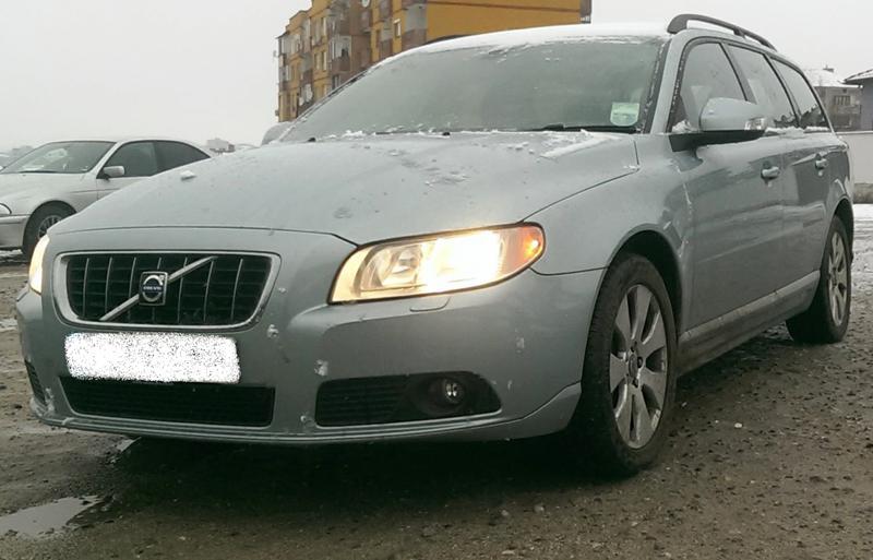 Volvo V70 2бр. D5 НА ЧАСТИ