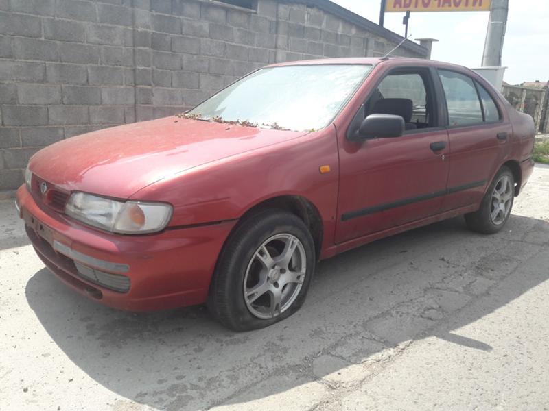 Nissan Almera 2.0D  75к.с.1997г.