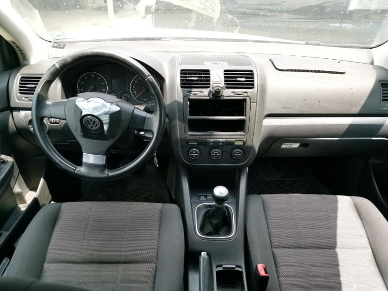 VW Golf 5  1.6i, снимка 5