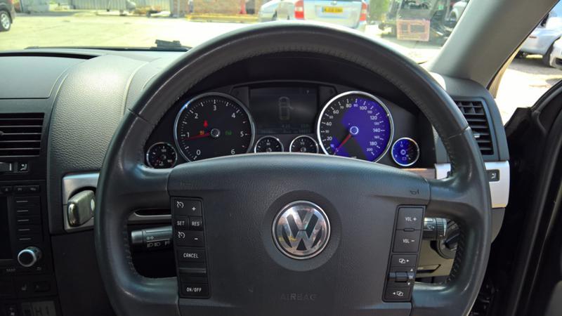VW Touareg 2.5TDI НА ЧАСТИ, снимка 8