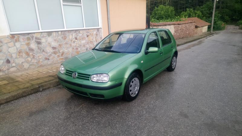 VW Golf 1.6 SR