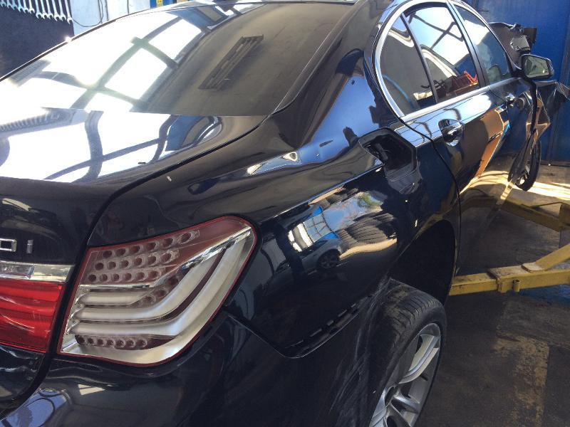 BMW 750 X-drive, снимка 15
