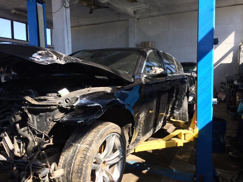 BMW 750 X-drive, снимка 2