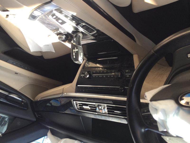 BMW 750 X-drive, снимка 3
