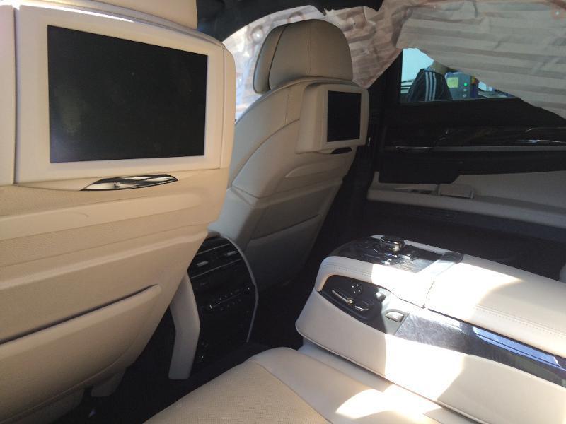 BMW 750 X-drive, снимка 8