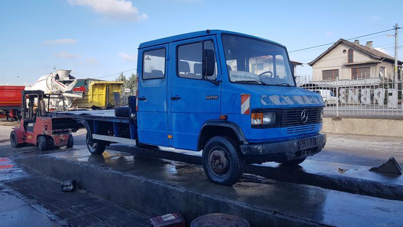 Mercedes-Benz 609