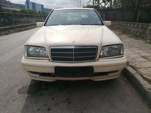 Mercedes-Benz C 200 2.2CDI
