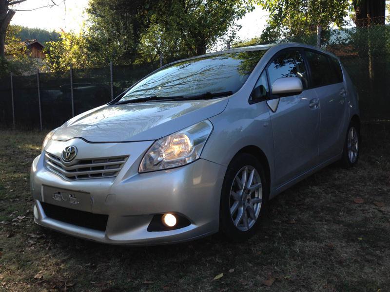 Toyota Verso 2.0D4D 126кс.NAVI