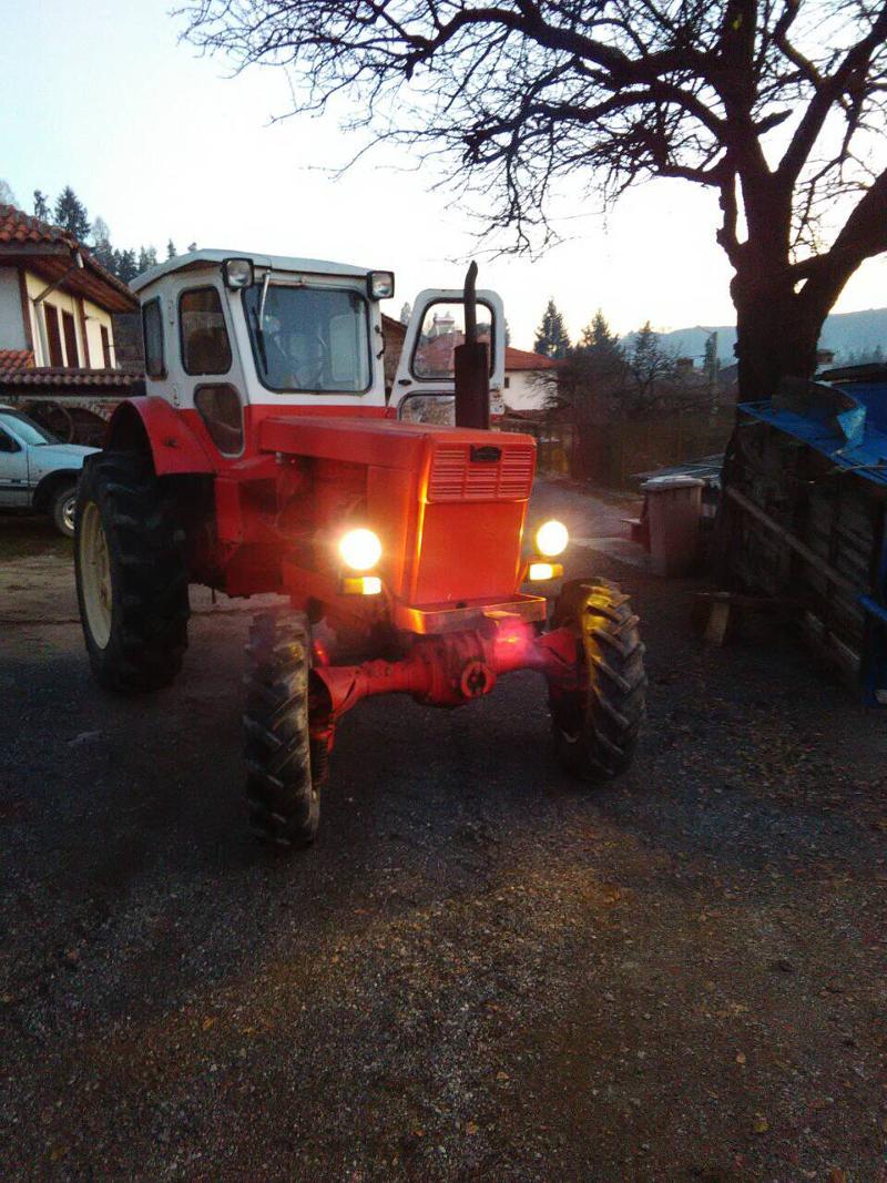 Трактор Т т 40,лтз  и  т 28