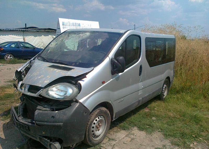 Renault Trafic 2.5dci/на части
