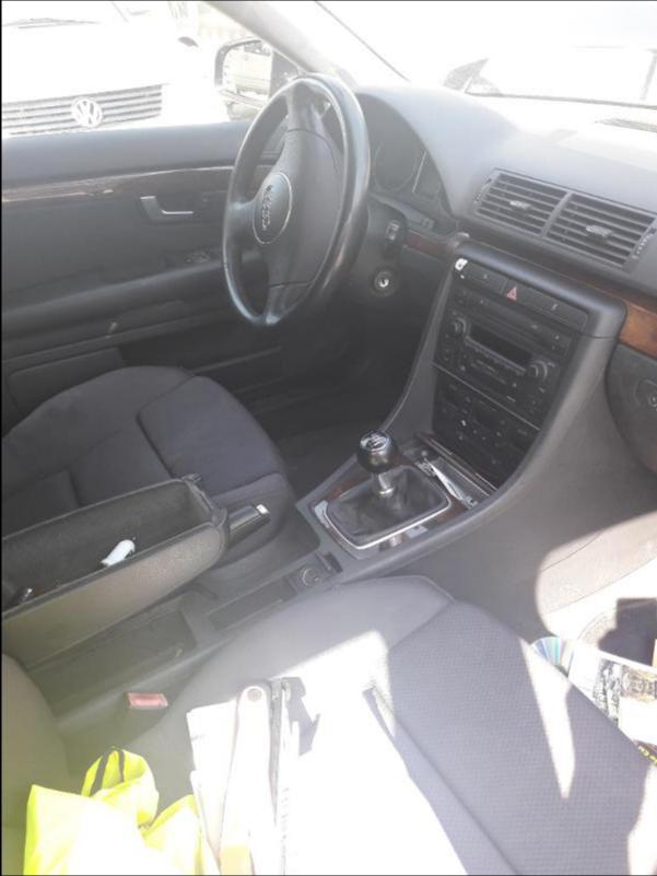 Audi A4 1.9 TDI, снимка 2