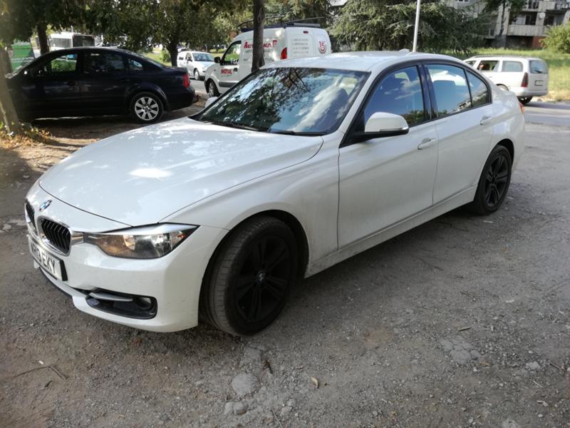 BMW 320 i f30, снимка 3