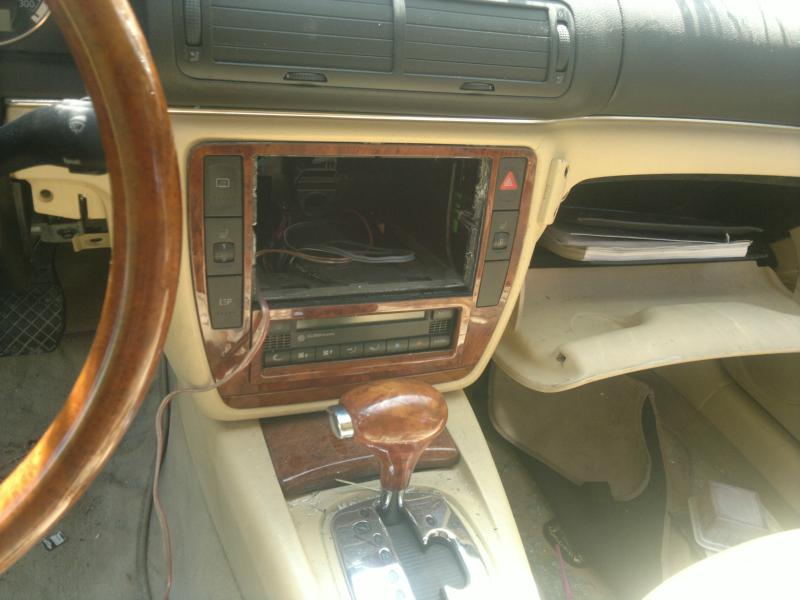 VW Passat 4.0 W8