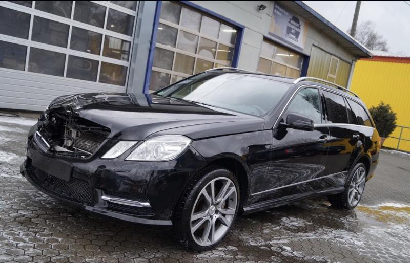 Mercedes-Benz E 350 4 мат 3 бр НА ЧАСТИ