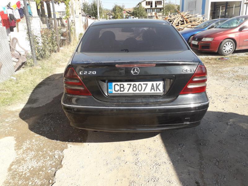Mercedes-Benz C 220 2.2 cdi 143