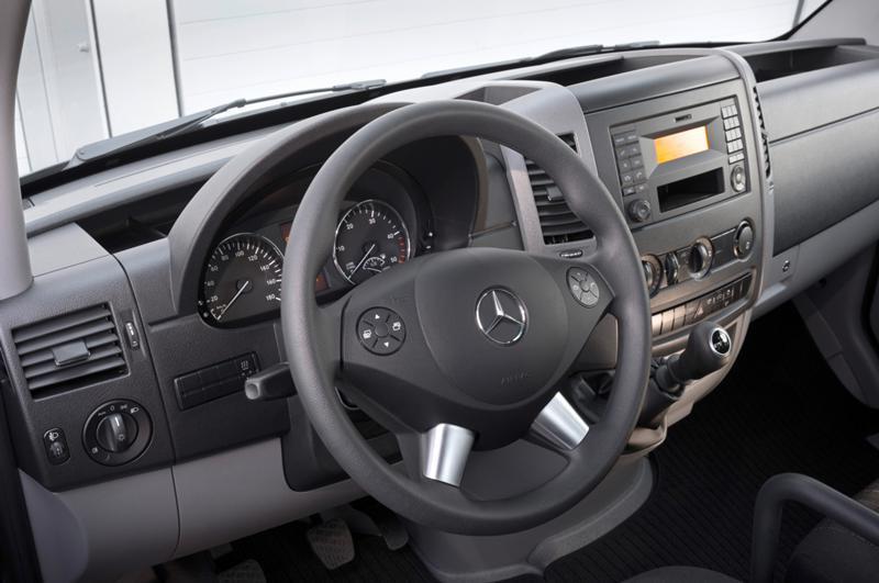 Mercedes-Benz Sprinter НА ЧАСТИ след 2007 до 2016, снимка 12