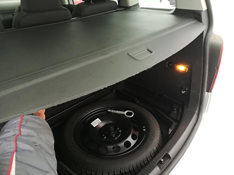 VW Touran 1.6TSI-НА ЧАСТИ, снимка 16