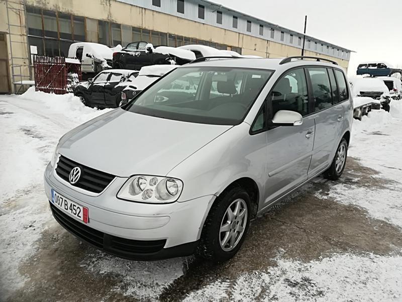 VW Touran 1.6TSI-НА ЧАСТИ, снимка 2