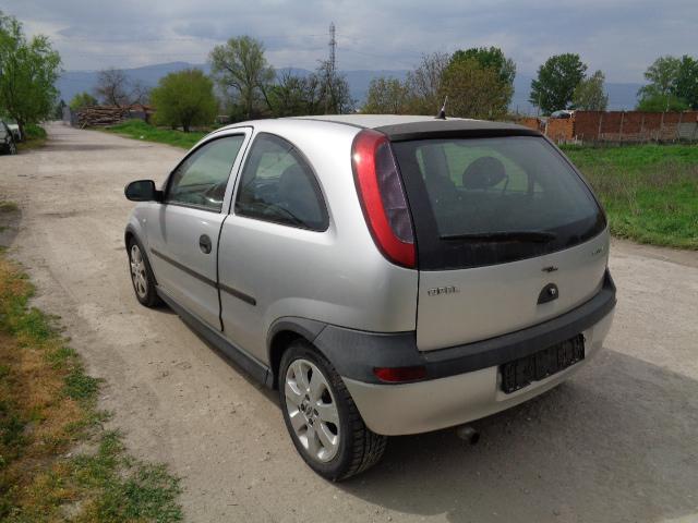 Opel Corsa 1.2-1.4-16v, снимка 4