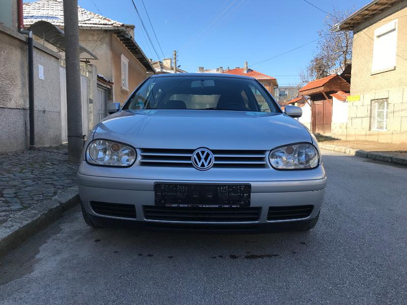 VW Golf 2.0i 115hp
