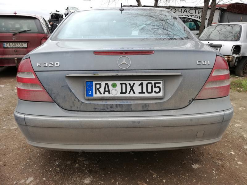 Mercedes-Benz E 220 2.2/2.7/3.2, снимка 12