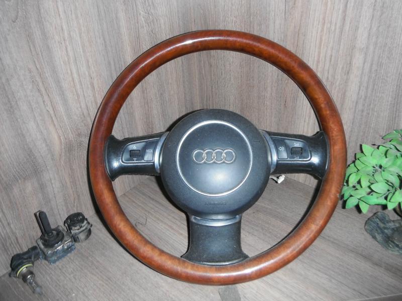 Интериор и аксесоари за Audi A8