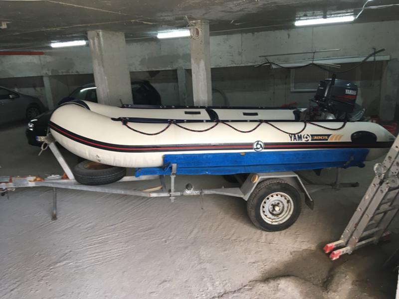 Надуваема лодка Yamaha 380 s