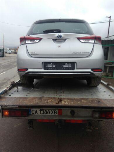 Toyota Auris 1.8ХИБРИД