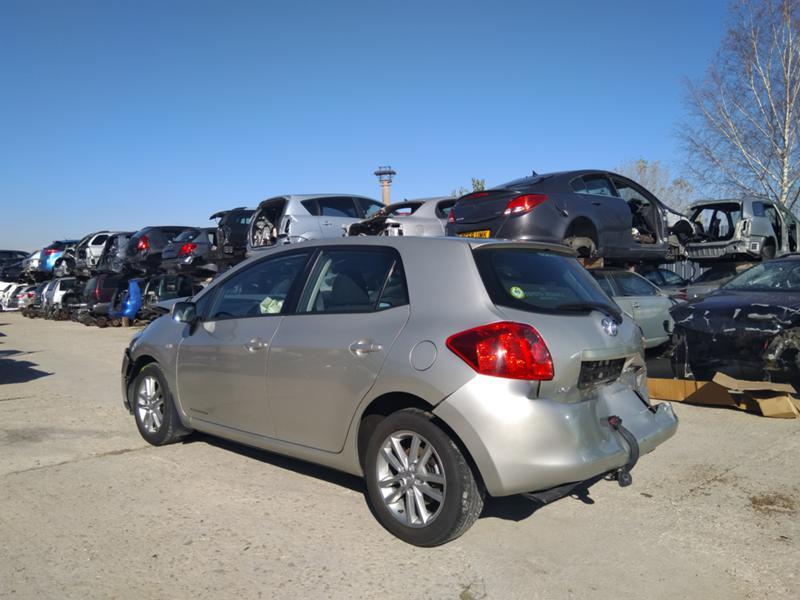 Toyota Auris 3бр. 1,4 D4D дизел и 1.6VVTI 2007 и1.6 2016 бензин