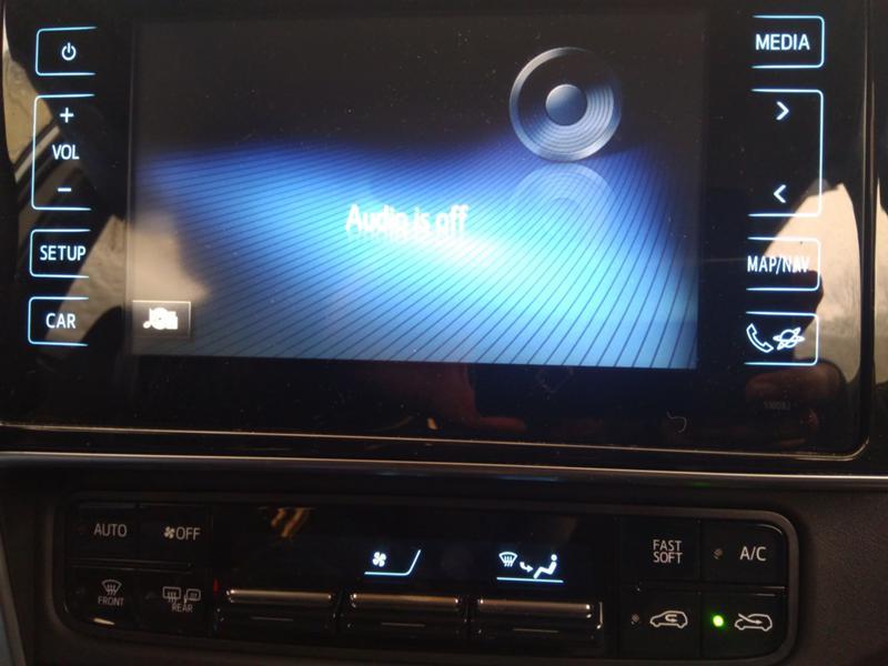 Toyota Auris 3бр. 1,4 D4D дизел и 1.6VVTI 2007 и1.6 2016 бензин, снимка 13