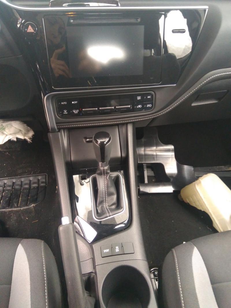 Toyota Auris 3бр. 1,4 D4D дизел и 1.6VVTI 2007 и1.6 2016 бензин, снимка 15