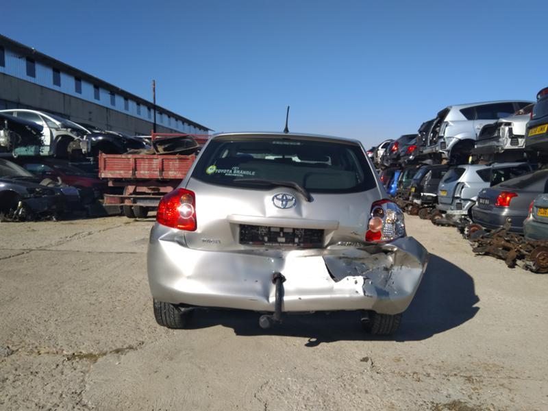 Toyota Auris 3бр. 1,4 D4D дизел и 1.6VVTI 2007 и1.6 2016 бензин, снимка 6