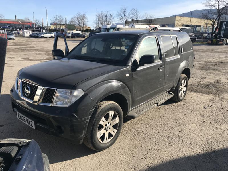 Nissan Pathfinder 2.5dci 174ps нави кожа