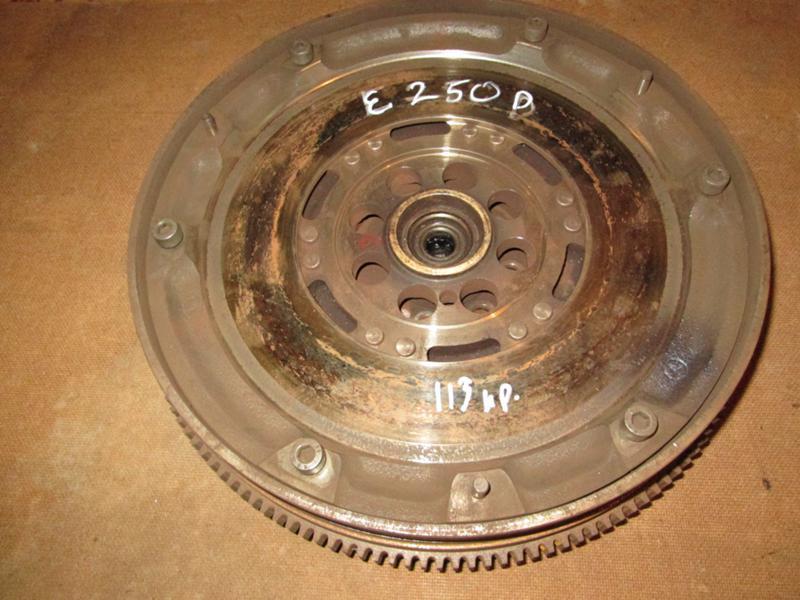 Демферен маховик Мерцедес W210 E250D/115hp