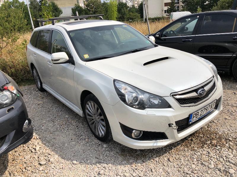 Subaru Legacy 2.0 НА ЧАСТИ, снимка 3