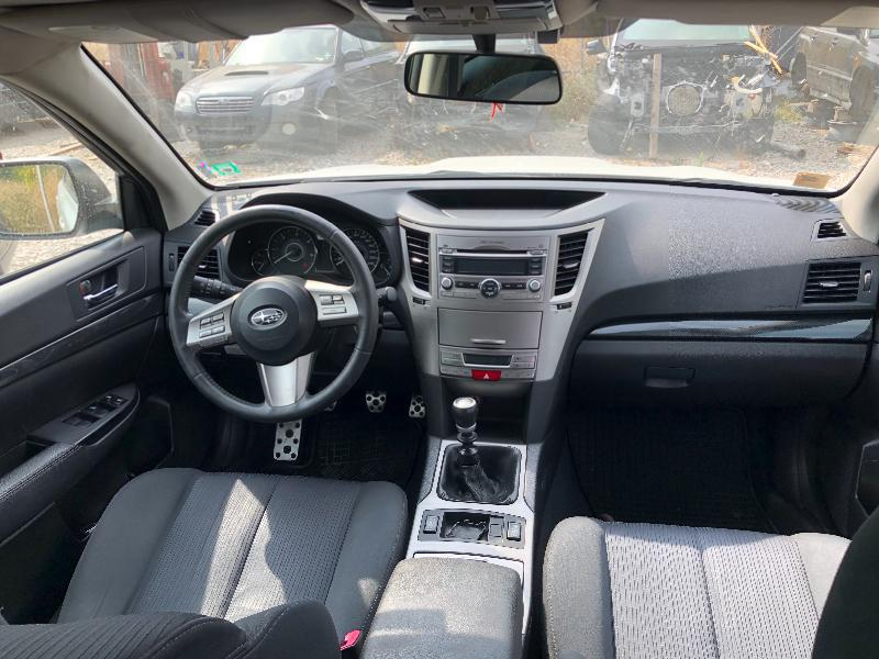 Subaru Legacy 2.0 НА ЧАСТИ, снимка 4