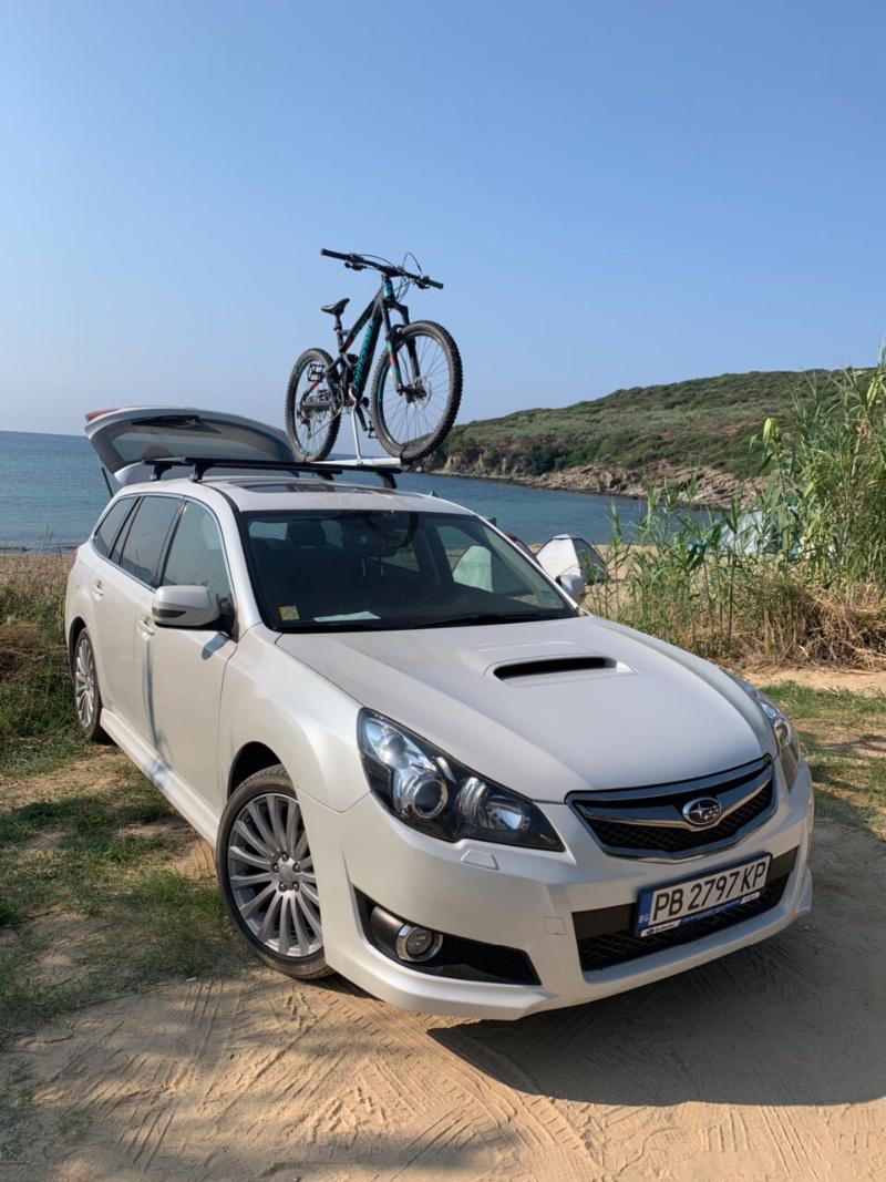 Subaru Legacy 2.0 НА ЧАСТИ, снимка 1