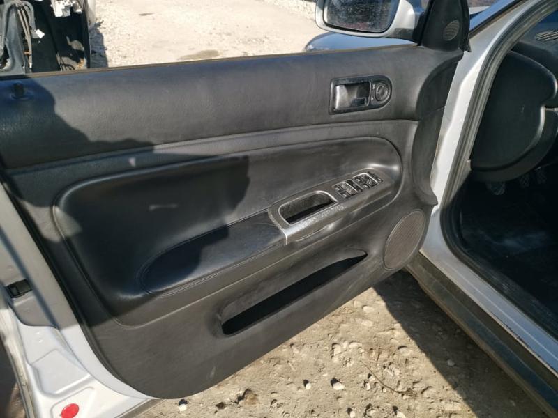 VW Passat 1.9tdi, снимка 8