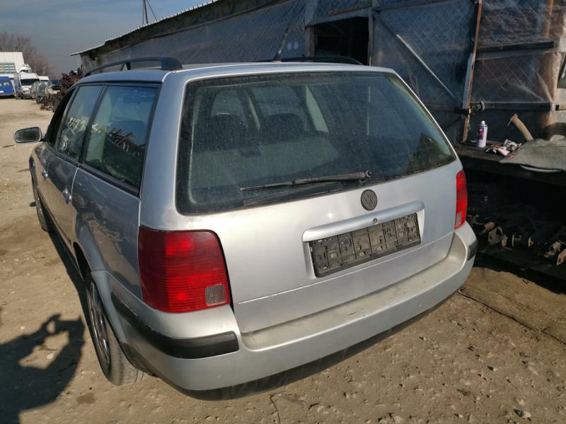 VW Passat 1.9tdi, снимка 4