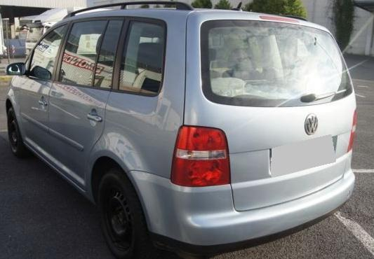 VW Touran 1.9 TDI, снимка 8