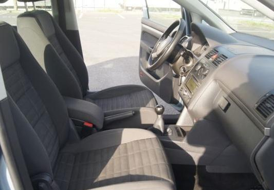 VW Touran 1.9 TDI, снимка 9