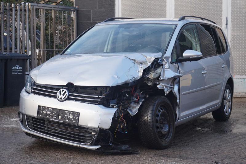VW Touran 1.6Tdi 2.0 Tdi, снимка 1