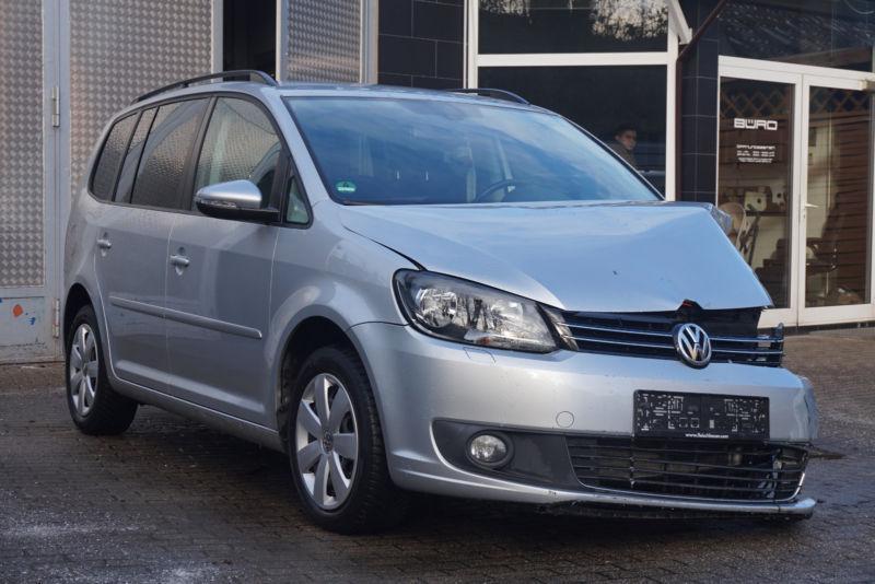 VW Touran 1.6Tdi 2.0 Tdi, снимка 2