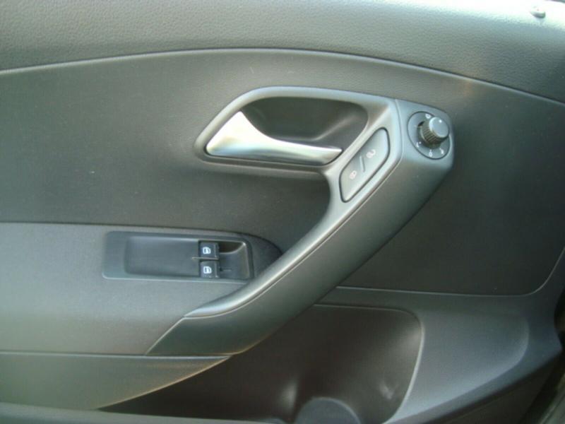 VW Polo 1.6 TDI, снимка 9