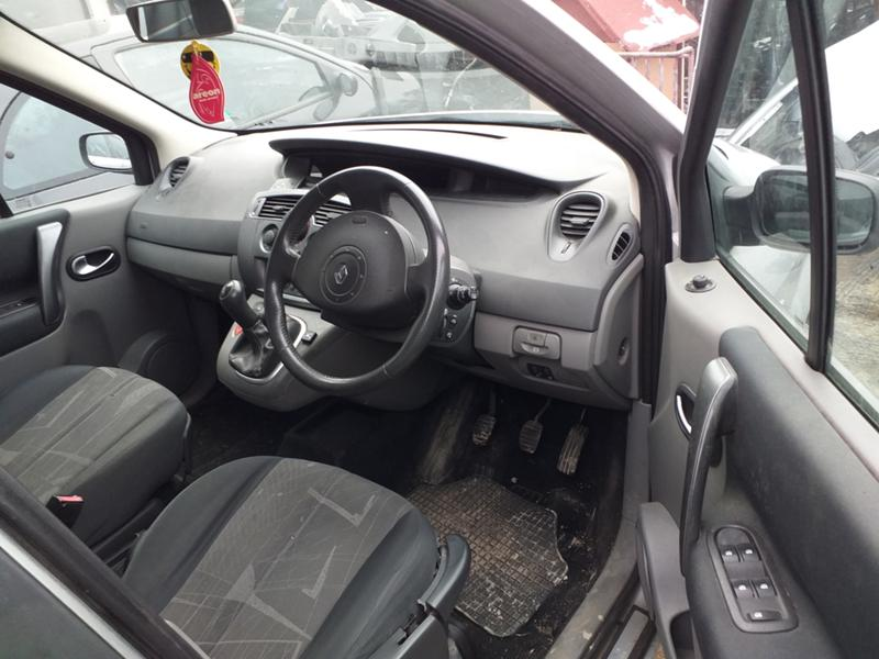Renault Scenic 1.6 16V 90к.с., снимка 8
