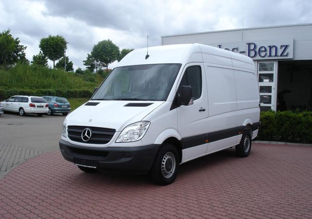 Mercedes-Benz Sprinter 311 НА ЧАСТИ, снимка 2