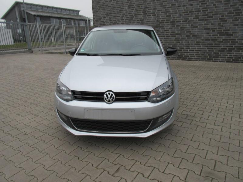 VW Polo 1.2 I   НА ЧАСТИ