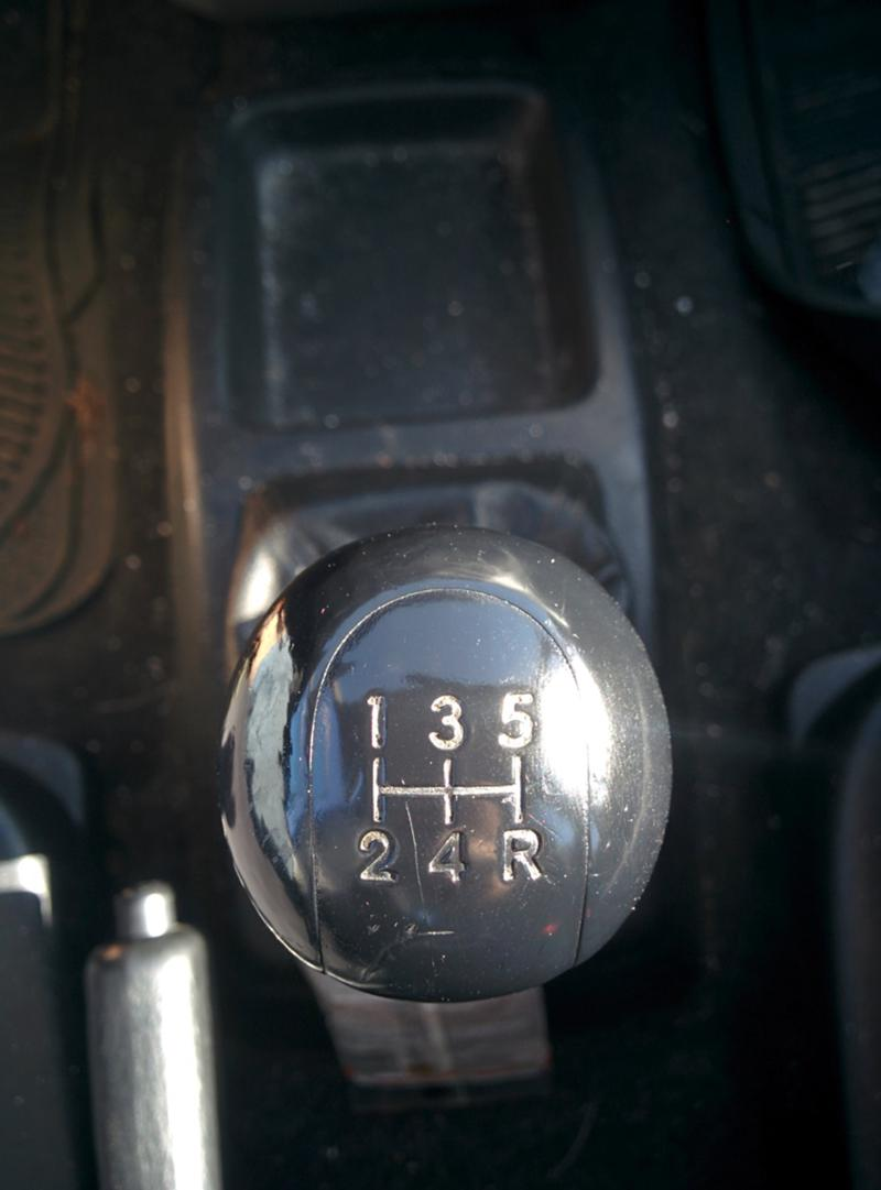 Toyota Avensis verso 2.0 D4D, снимка 6