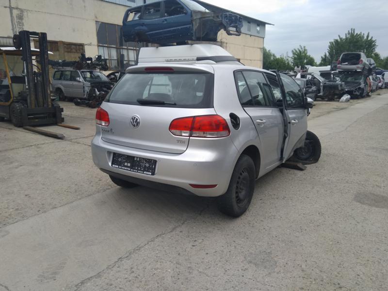 VW Golf 1.6 TDI, снимка 8