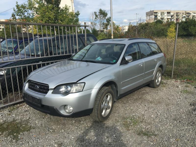 Subaru Outback 2,5 НА ЧАСТИ, снимка 3